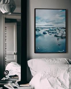 Gerahmtes Wandbild mit blauen Eisbergen aus Island aus dem HEARTMADE Shop