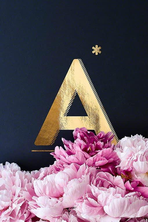 Flower Alphabet goldener Buchstabe A aus dem Shop von HEARTMADE Prints